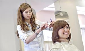 美容師スタッフ